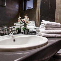 Отель Бизнес Отель Пловдив Болгария, Пловдив - отзывы, цены и фото номеров - забронировать отель Бизнес Отель Пловдив онлайн ванная