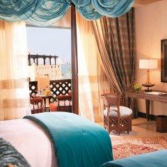 Отель Sharq Village & Spa удобства в номере фото 2