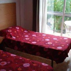 Отель Pensión Santa Fe Испания, Фуэнхирола - отзывы, цены и фото номеров - забронировать отель Pensión Santa Fe онлайн комната для гостей фото 3