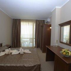 Отель Festa Pomorie Resort Болгария, Поморие - 1 отзыв об отеле, цены и фото номеров - забронировать отель Festa Pomorie Resort онлайн комната для гостей фото 4