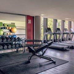 Отель Zurich Marriott Hotel Швейцария, Цюрих - отзывы, цены и фото номеров - забронировать отель Zurich Marriott Hotel онлайн фитнесс-зал фото 3
