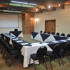 Отель Best Western The Lodge at Creel Мексика, Креэль - отзывы, цены и фото номеров - забронировать отель Best Western The Lodge at Creel онлайн помещение для мероприятий