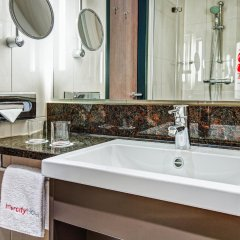 Отель Intercityhotel Berlin-Brandenburg Airport ванная