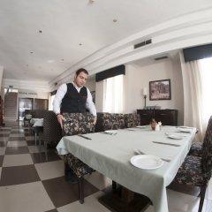 Отель La Maison Иордания, Вади-Муса - отзывы, цены и фото номеров - забронировать отель La Maison онлайн питание фото 3