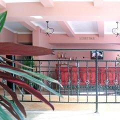 Отель Family Hotel Balkana Болгария, Боженци - отзывы, цены и фото номеров - забронировать отель Family Hotel Balkana онлайн балкон