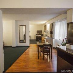 Отель Comfort Inn & Suites Downtown Edmonton удобства в номере фото 2