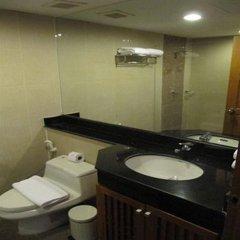 Отель Sm Grande Residence Бангкок ванная