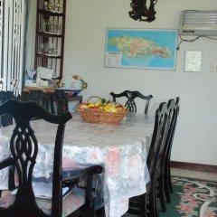 Отель Eslyn Villa Ямайка, Ранавей-Бей - отзывы, цены и фото номеров - забронировать отель Eslyn Villa онлайн питание фото 2