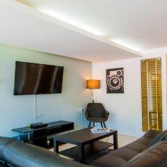 Hallo Patong Hotel & Restaurant комната для гостей