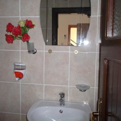 Selen Motel Турция, Анталья - отзывы, цены и фото номеров - забронировать отель Selen Motel онлайн ванная фото 2