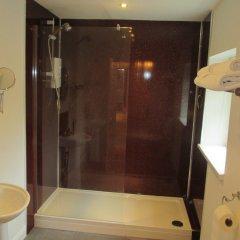 Отель St Raphael Guest House ванная