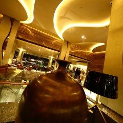 Отель Hilton Colombo Шри-Ланка, Коломбо - отзывы, цены и фото номеров - забронировать отель Hilton Colombo онлайн парковка