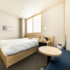 Отель ALPHABED INN Fukuoka Ohori Park Фукуока комната для гостей