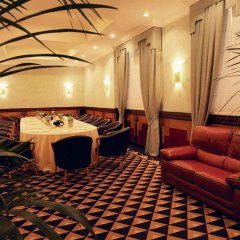 Savoy Hotel развлечения