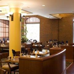 Отель Delta Hotels by Marriott Bessborough питание