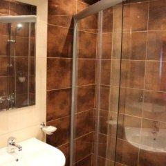 Отель Guest House Chepelare Болгария, Чепеларе - отзывы, цены и фото номеров - забронировать отель Guest House Chepelare онлайн ванная