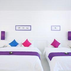 Отель The Old Phuket - Karon Beach Resort 4* Стандартный номер с разными типами кроватей фото 10