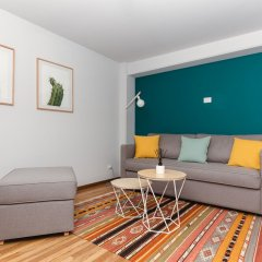 Отель Hi Tech, Private 1 br in La Condesa With Terrace Мехико комната для гостей