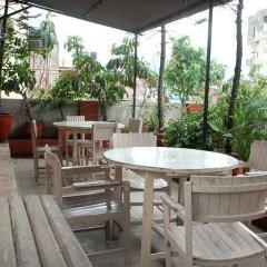 Отель Holyland Guest House Непал, Катманду - отзывы, цены и фото номеров - забронировать отель Holyland Guest House онлайн балкон