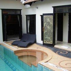 Отель Mandawee Pool Villas бассейн