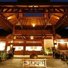 Отель Inle Lake View Resort & Spa интерьер отеля