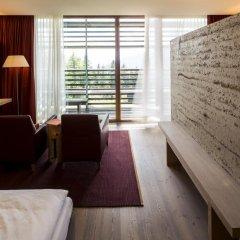 Отель Vigilius Mountain Resort Италия, Лана - отзывы, цены и фото номеров - забронировать отель Vigilius Mountain Resort онлайн комната для гостей фото 4