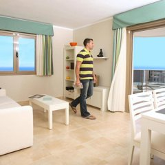 Отель Apartamentos Esmeralda Suites комната для гостей фото 2