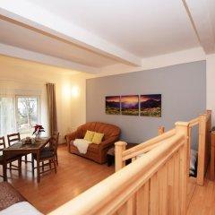 Апартаменты Family Style & Garden Apartments комната для гостей фото 4