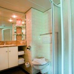 Отель Regis Hotelschiff Düsseldorf Германия, Дюссельдорф - отзывы, цены и фото номеров - забронировать отель Regis Hotelschiff Düsseldorf онлайн ванная
