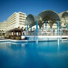 Отель Rodos Palladium Leisure & Wellness Греция, Парадиси - 1 отзыв об отеле, цены и фото номеров - забронировать отель Rodos Palladium Leisure & Wellness онлайн бассейн фото 3