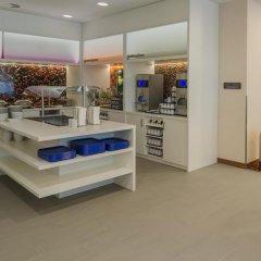 Отель Hampton by Hilton Frankfurt City Centre Messe банкомат