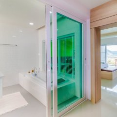 Отель Chalong Hill Tropical Garden Homes Пхукет ванная
