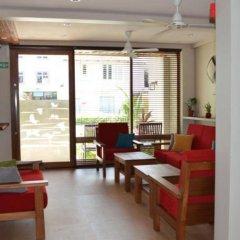 Отель Maakanaa Lodge питание