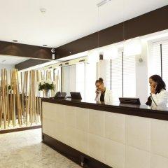 Отель Sure Hotel by Best Western Paris Gare du Nord Франция, Париж - 12 отзывов об отеле, цены и фото номеров - забронировать отель Sure Hotel by Best Western Paris Gare du Nord онлайн интерьер отеля фото 3