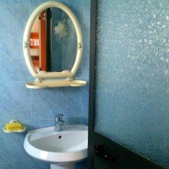 Отель Guesthouse Pollo Албания, Ксамил - отзывы, цены и фото номеров - забронировать отель Guesthouse Pollo онлайн ванная