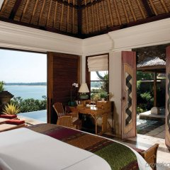 Отель Four Seasons Resort Bali at Jimbaran Bay комната для гостей фото 3