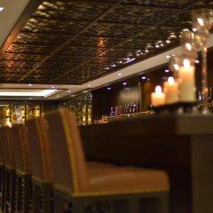 Paradise Suites Hotel гостиничный бар