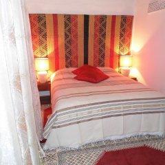 Отель Riad A La Belle Etoile сейф в номере