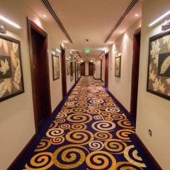 Strato Hotel by Warwick интерьер отеля