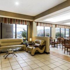 Отель Clarion Inn Chattanooga США, Чаттануга - отзывы, цены и фото номеров - забронировать отель Clarion Inn Chattanooga онлайн интерьер отеля