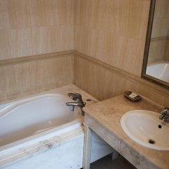 Гостиница Гостиный Двор Украина, Одесса - 8 отзывов об отеле, цены и фото номеров - забронировать гостиницу Гостиный Двор онлайн ванная