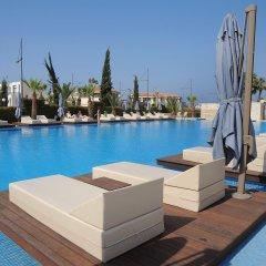 Nestor Hotel бассейн