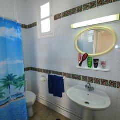 Отель Appart Hotel Dar Said Тунис, Мидун - отзывы, цены и фото номеров - забронировать отель Appart Hotel Dar Said онлайн ванная