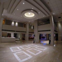 Отель Smartline Paphos интерьер отеля
