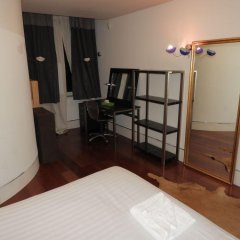Отель Brompton Road Apartments 3 beds Великобритания, Лондон - отзывы, цены и фото номеров - забронировать отель Brompton Road Apartments 3 beds онлайн сейф в номере
