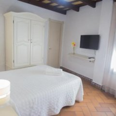 Отель Hostal Santa Catalina Испания, Кониль-де-ла-Фронтера - отзывы, цены и фото номеров - забронировать отель Hostal Santa Catalina онлайн комната для гостей фото 3
