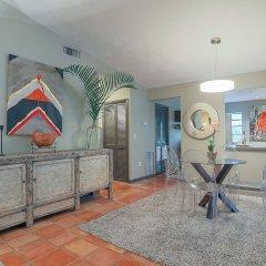 Отель Sarasota 40 - 2 Br Home в номере