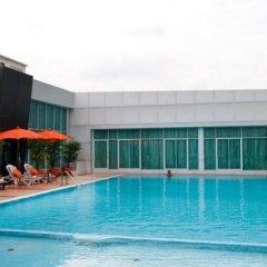 Отель Avana Bangkok Таиланд, Бангкок - отзывы, цены и фото номеров - забронировать отель Avana Bangkok онлайн бассейн фото 3