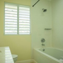 Отель Summer Shades at Richmond Estate ванная