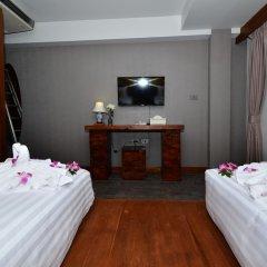 Отель Lap Roi Karon Beachfront Пхукет удобства в номере